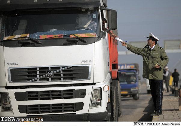توزیع 28 هزار حلقه لاستیک بین کامیونداران