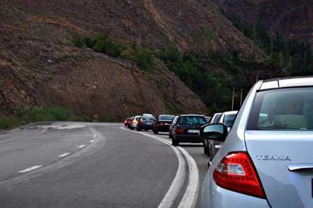 انسداد 5 جاده به علت نداشتن ایمنی ، مسافران به ساعت یک طرفه شدن جاده ها توجه نمایند